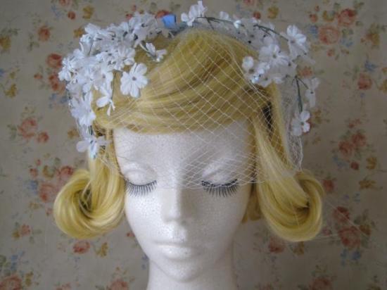 白い小花つきベール