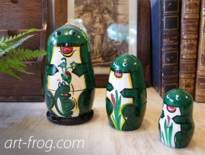 <img class='new_mark_img1' src='https://img.shop-pro.jp/img/new/icons48.gif' style='border:none;display:inline;margin:0px;padding:0px;width:auto;' />Frog Matryoshka from Czsch