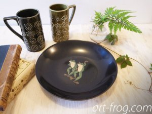 Vintage COUROC Frog Bowl<img class='new_mark_img2' src='https://img.shop-pro.jp/img/new/icons48.gif' style='border:none;display:inline;margin:0px;padding:0px;width:auto;' />