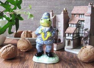 Vintage Wedgewood Frog Figure