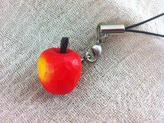 りんごストラップ