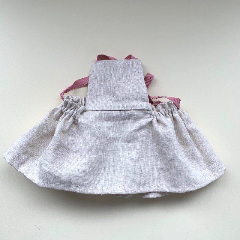 バッククロススカート
