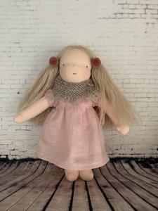 ウッドアッシュヘアの女の子*30cm