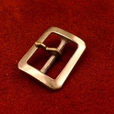 真鍮製八角形バックル25mm