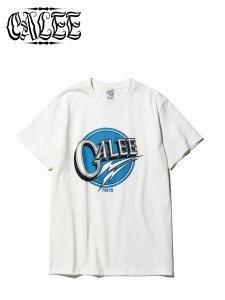 <img class='new_mark_img1' src='https://img.shop-pro.jp/img/new/icons16.gif' style='border:none;display:inline;margin:0px;padding:0px;width:auto;' />40% OFF SALE CALEE (キャリー) Calee logo t-shirt (プリントTシャツ) White