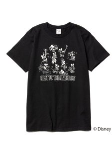 <img class='new_mark_img1' src='https://img.shop-pro.jp/img/new/icons1.gif' style='border:none;display:inline;margin:0px;padding:0px;width:auto;' />CALEE (キャリー) ×DISNEY/Multi player t-shirt (ディズニー コラボレーション S/S プリント Tシャツ) Black