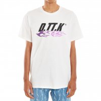 <img class='new_mark_img1' src='https://img.shop-pro.jp/img/new/icons13.gif' style='border:none;display:inline;margin:0px;padding:0px;width:auto;' />D.TT.K / GRADATION TRIBAL TEE (WHITE×PRL)