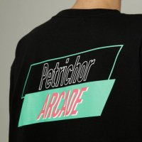 <img class='new_mark_img1' src='//img.shop-pro.jp/img/new/icons50.gif' style='border:none;display:inline;margin:0px;padding:0px;width:auto;' />dilemma / Petrichor Arcade BIG Tshirt