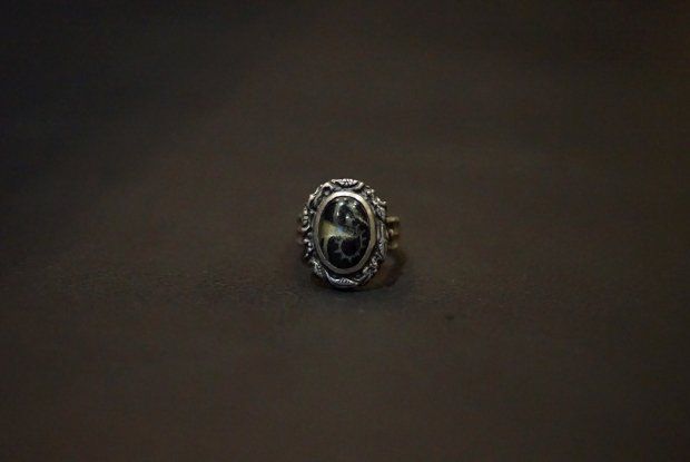 VIVIFY /  Lvied frame paisley cloth setting ring