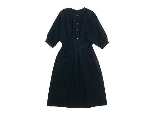 Lin francais d'antan Meurent(ムーラン) dolman gathered one-piece BLACK