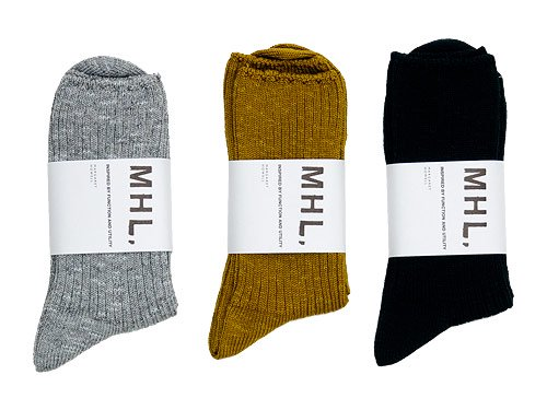 MHL. TWISTED COTTON SLUB SOCKS〔メンズ〕