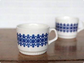 幾何学模様のカップ 02