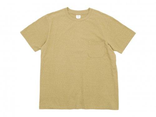 YAECA STOCK ポケットTシャツ KHAKI 〔メンズ〕