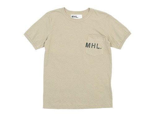 MHL. PRINTED JERSEY LOGO T 040BEIGE〔メンズ〕