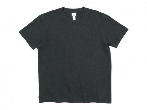 YAECA STOCK クルーネック 半袖Tシャツ CHARCOAL 〔メンズ〕