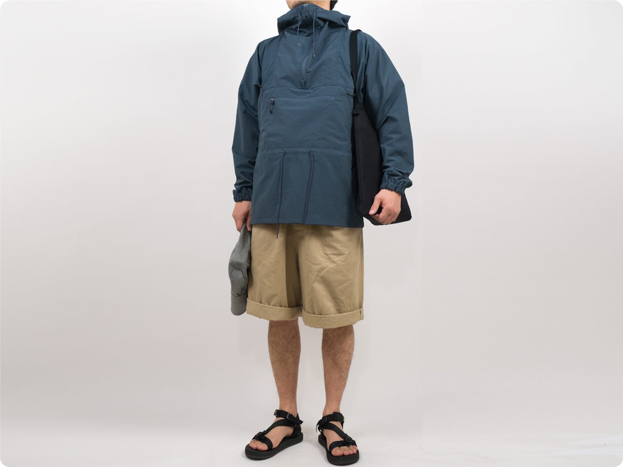 ENDS and MEANS Field Anorak SMOKY BLUE