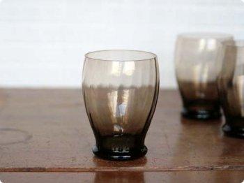 ブラックグラス