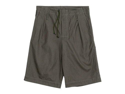 TUKI ghurka shorts / duck tail pants