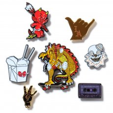 ILI BULLIES LAPEL PIN3