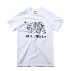 ONE CALIFORNIA DAY LOGO TEE