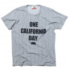 ONE CALIFORNIA DAY - PILE PRINT TEE (TITLE)