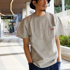 <img class='new_mark_img1' src='//img.shop-pro.jp/img/new/icons14.gif' style='border:none;display:inline;margin:0px;padding:0px;width:auto;' />WEB限定【POCKET TEE w/SMALL BOX LOGO】ポケットTシャツ2_2018SS