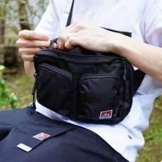 <img class='new_mark_img1' src='//img.shop-pro.jp/img/new/icons12.gif' style='border:none;display:inline;margin:0px;padding:0px;width:auto;' />【DOUBLE POCKET SHOULDER】ダブルポケットショルダー