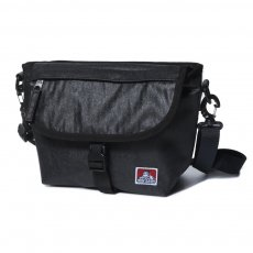 <img class='new_mark_img1' src='//img.shop-pro.jp/img/new/icons12.gif' style='border:none;display:inline;margin:0px;padding:0px;width:auto;' />【NYLON MESSENGER BAG】ナイロンメッセンジャーバッグ