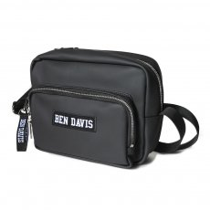 <img class='new_mark_img1' src='//img.shop-pro.jp/img/new/icons12.gif' style='border:none;display:inline;margin:0px;padding:0px;width:auto;' />【PU LEATHER SQUARE SHOULDER BAG】PUレザースクエアショルダーバック