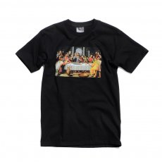 <img class='new_mark_img1' src='http://store.benchtyo.com/img/new/icons5.gif' style='border:none;display:inline;margin:0px;padding:0px;width:auto;' />PIZZA SKATEBOARDS - LAST SUPPER TEE